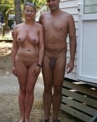 Голые по парам